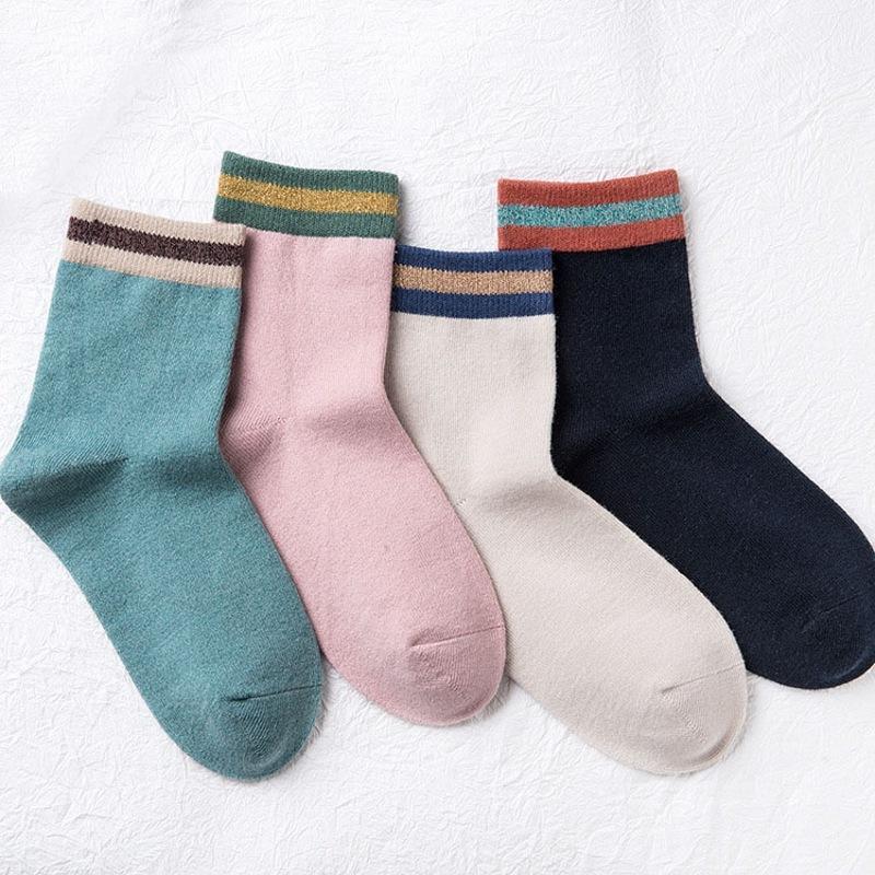 2017 Autumn Winter 4 Color women socks Cotton college wind stripe Socks New Fashion Female Retro Sock Wholesale