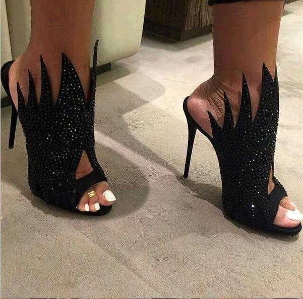 2017 nova moda strass gladiador sapatos pretos de salto alto botas de verão mulher sapatos botas de salto stiletto sandalias mulheres sapato feminino