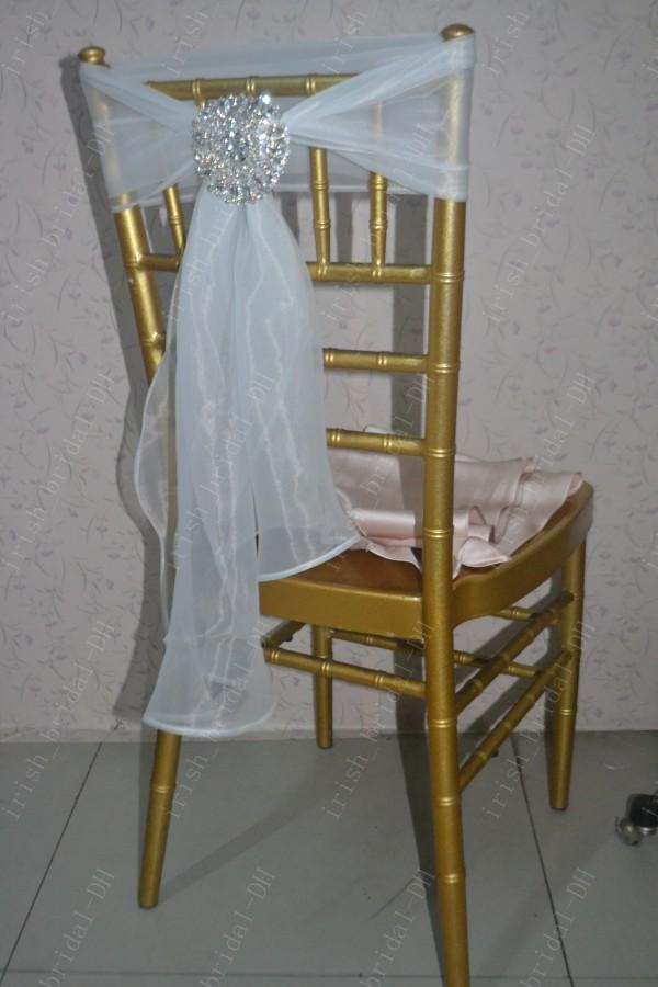 2016 Custom Made Luxurious Crystals Organza Chair Covers Romantic Beautiful Chair Sashes Cheap Wedding Chair Decorations 015