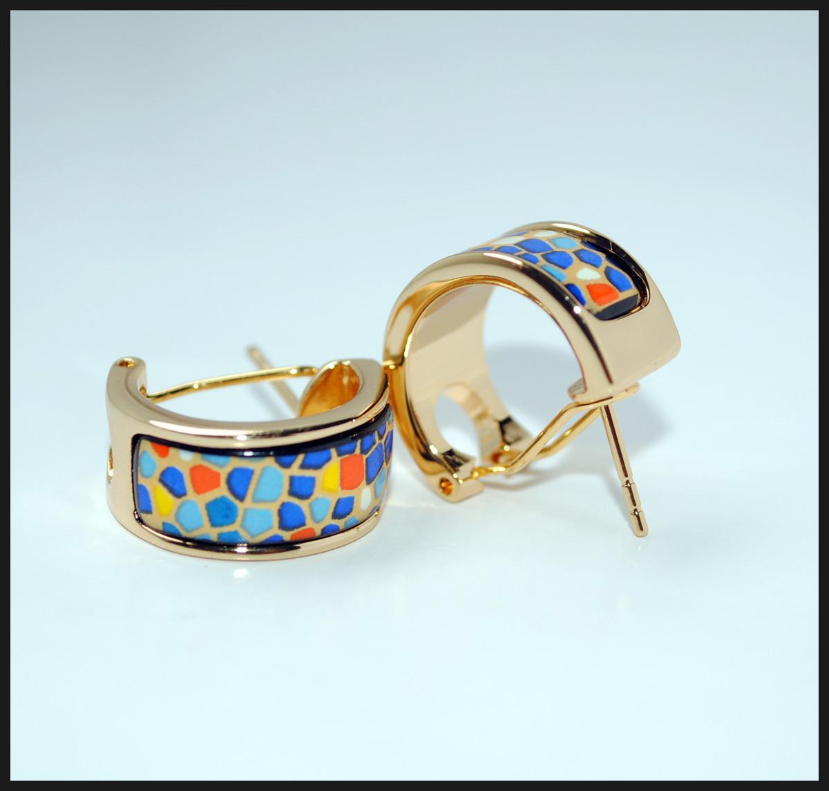 Pendientes de aro de la serie Pieces Hoop Pendientes de aro de oro de 18 quilates para mujer Pendientes de aro de calidad superior