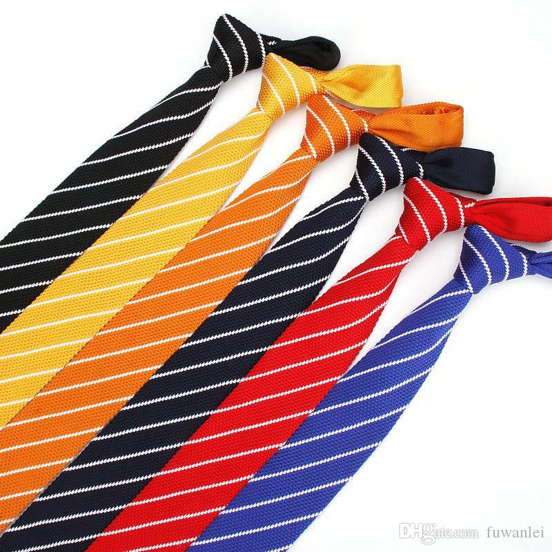 Cravatte da uomo trendy cravatte piatte rosso / nero / blu scuro / arancio / giallo cravatte a maglia colore per le donne uomini lavoro di partito di nozze