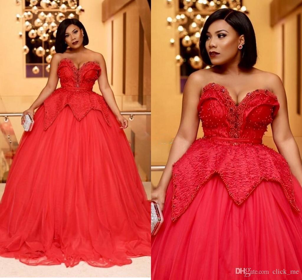 Großhandel African Arabic Plus Size Ballkleider Sweetheart Perlen Perlen  Formelle Kleider Abendkleider Peplum Vestidos Ballkleid Festzug Kleid Von