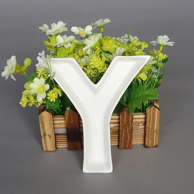 wedding plates 5.5 inches Y shape ceramic letter dish Wedding Christmas decoration dessert plate supplies
