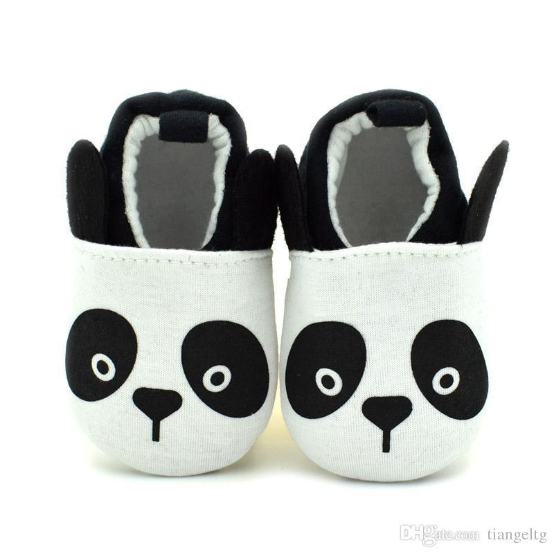 2016 nouveau bébé chaussures de marche mignon bande dessinée panda respirant coton tissu Slip-on anti-slip douce semelle apposée au pied