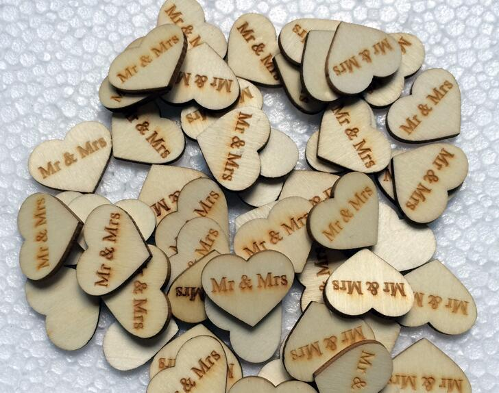 300pcs Wooden Button with Mrs&Mr Letter For Table Ornaments Wedding Decoration Photography Props