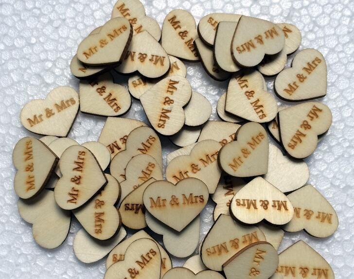 Bouton en bois 300pcs avec lettre MRSMR pour les ornements de table Décoration de mariage Props