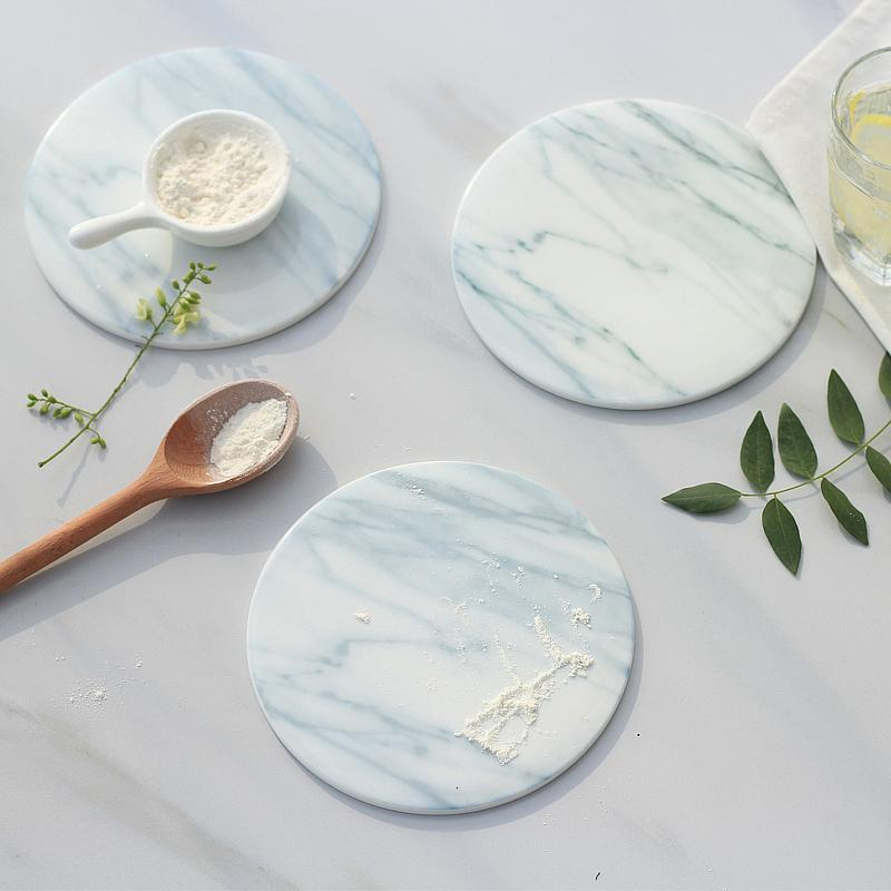 2pcs Atacado-/ pack tapetes copo de grãos de mármore almofadas almofadas de cerâmica decoração utensílios de cozinha casa de desktop antiderrapante almofada do copo 15cm de diâmetro