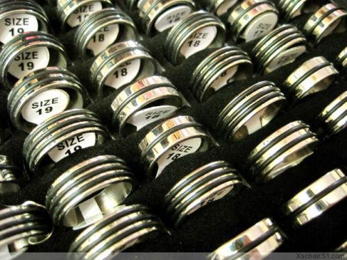 i lotti all'ingrosso all'ingrosso 50pcs hanno mescolato gli anelli di modo dell'acciaio inossidabile del cinturino di stile classico del lotto misti brandnew