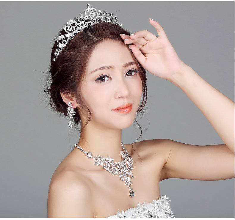 Wedding Jewelry Sets Crystal Rhinestone Necklace Earrings Tiara Set Bridal Wedding Prom Jewelry Accessories Pendant Necklace + Earrrings Set