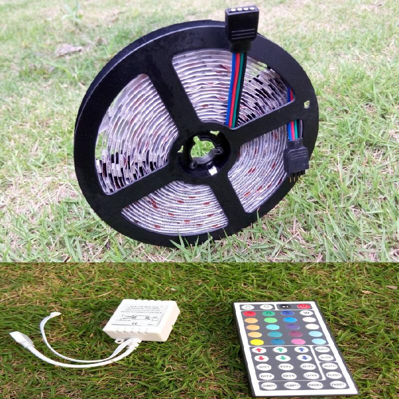 DC 12V 5050 SMD RGB LED Flexible Strip Light 5m 60leds/m 300leds per Roll Non-waterproof Decorative Reel Tape + 44 Keys Remote Controller