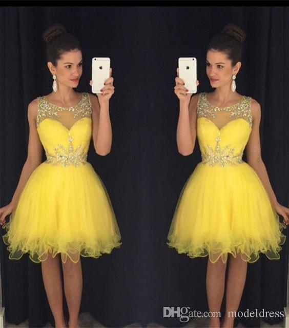2020 Нового Желтого Короткого Homecoming платье Sheer кристаллов шейных бусы Modest Зеленый Дешевых колена Пром Коктейльных партии мантии реальных изображений