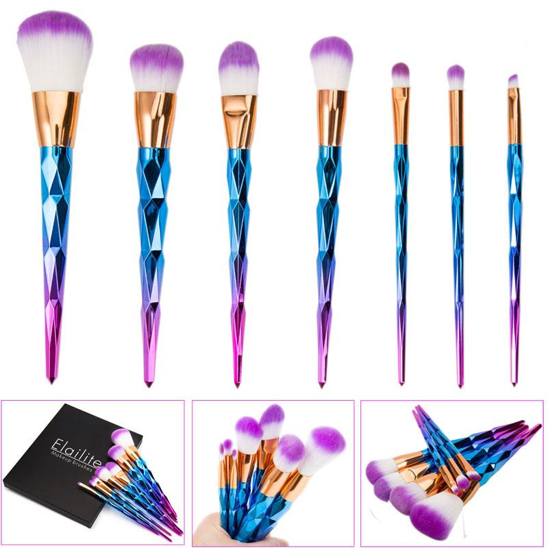 TB053-Makeup-brushes-color