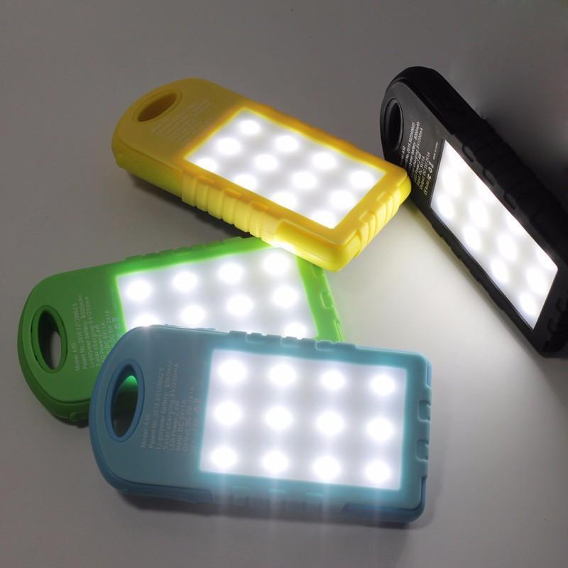 공장 판매 캠핑 라이트, 듀얼 USB 태양 충전기와 유니버설 방수 8000mAh 휴대용 태양 광 발전 은행 휴대 전화 용 LED 램프
