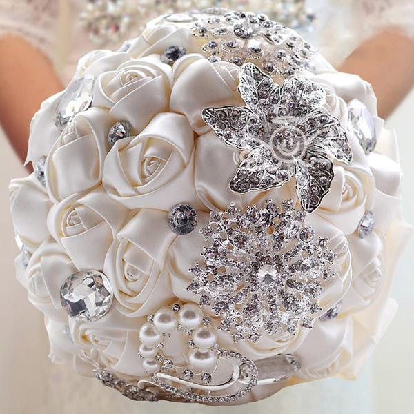 2017 Hot Sale Wedding Bridal Bouquets With Handmade Flowers Peals ...