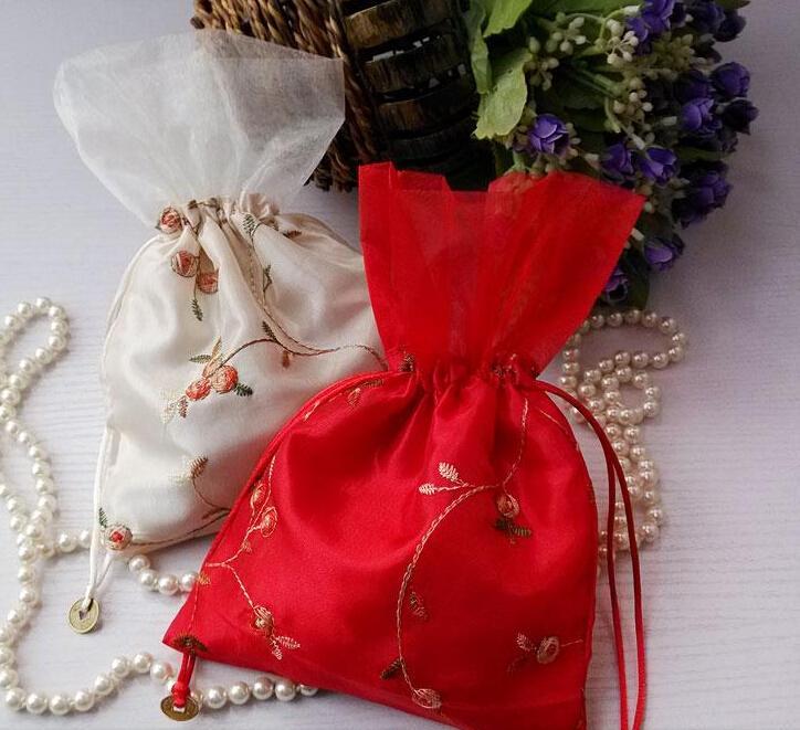 Navio livre 30 pcs Handmade Alta qualidade 16 * 23 cm Bordar Saco de Lantejoulas Sacos de Jóias Doces Beads Sacos de Presente da Festa de Casamento