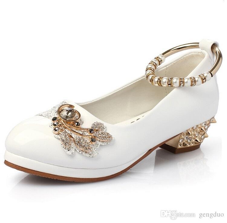 Primavera autunno ragazze perla scarpa diamante piccoli tacchi alti scarpe da sposa estate principessa scarpe in pelle bambini partito scarpe