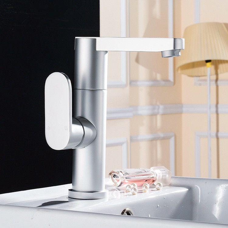 Rubinetto in alluminio Rubinetto di alta qualità in argento Rubinetto per acqua calda e fredda Materiale in alluminio senza piombo Rubinetto per acqua in alluminio per cucina