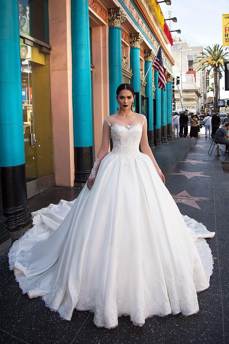 Großhandel Vintage Lace Ballkleid Brautkleider Mit Luxus Zug Sheer ...