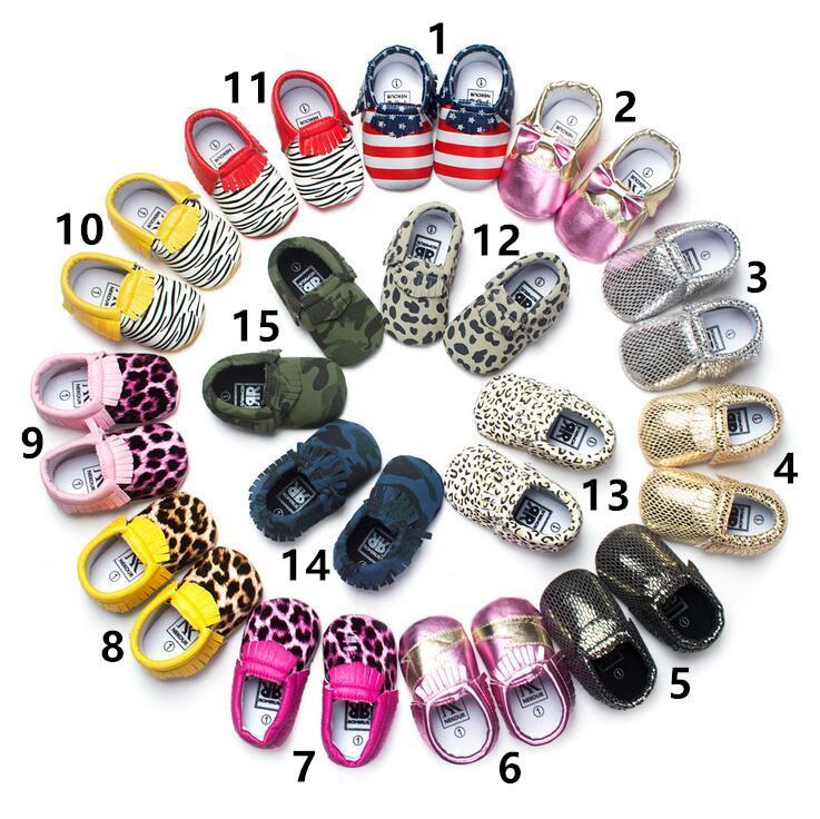 Enfants Chaussures Baby Soft Pu en Cuir PU Tassel Mocassins First Walker Chaussures Baby Toddler Bow Fringe Chaussures Tassel Mocassin 15 Couleurs