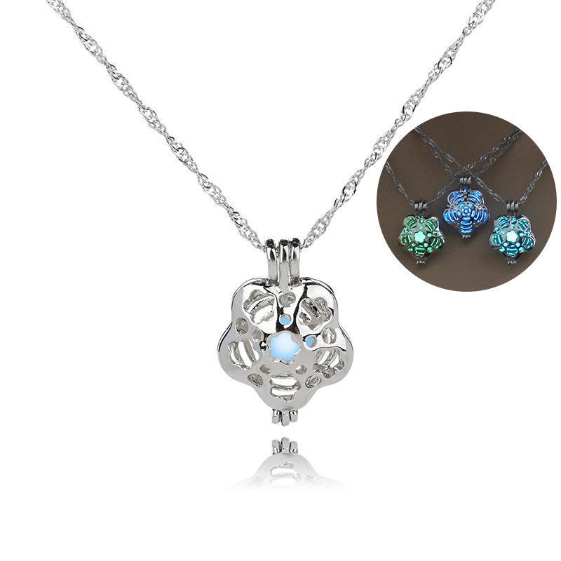 Pendenti di pietra luminosi delle collane di pietra luminose di fascino della gabbia del fiore delle donne di modo di COLORE 3 Collana di dichiarazione dei monili all'ingrosso di modo
