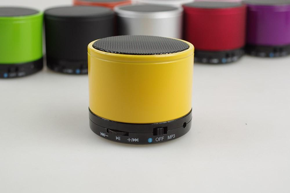 Douew-BS01-Hot-Portable-Bluetooth-Speaker-Wireless-MINI-Stereo-Super-Bass-Alloy-Body-MP3-Player-Eight (3)