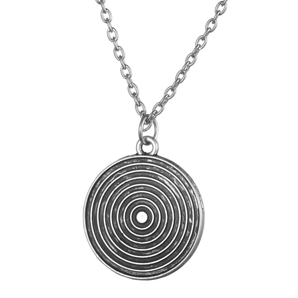 Free Shipping Vintage Silver and Black Round Pendant Necklace