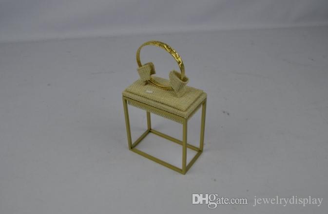 النحاس اللون الفولاذ المقاوم للصدأ المعادن عرض المجوهرات حامل التجزئة الإسورة الناهض