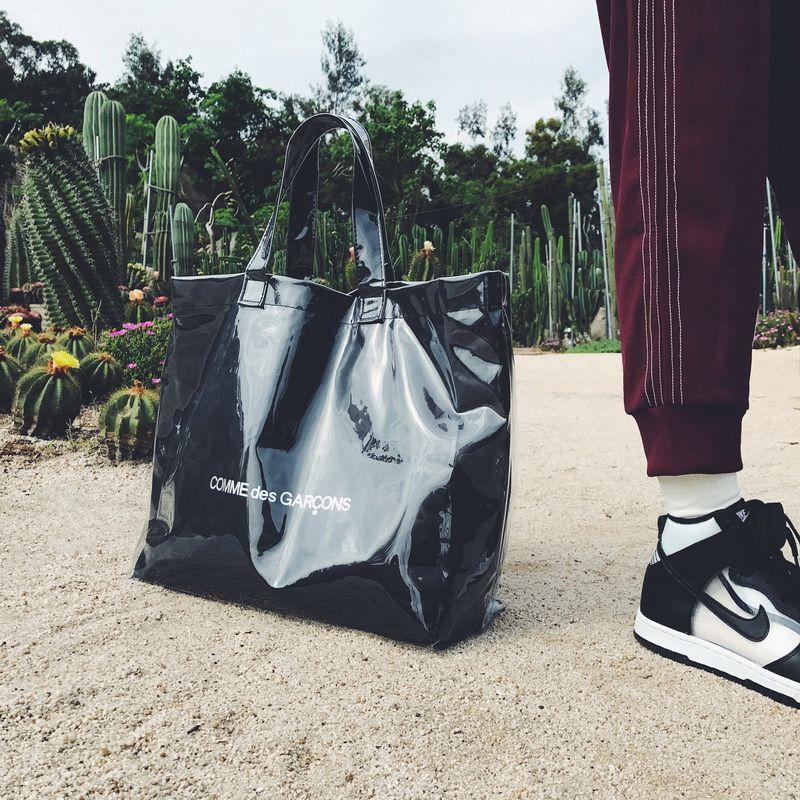مزدوجة حقيبة يد سوداء كرافت ورقة حقيبة تسوق الأزياء حقائب عالية السعة البلاستيكية رسالة ماء شاطئ السفر HFBB011