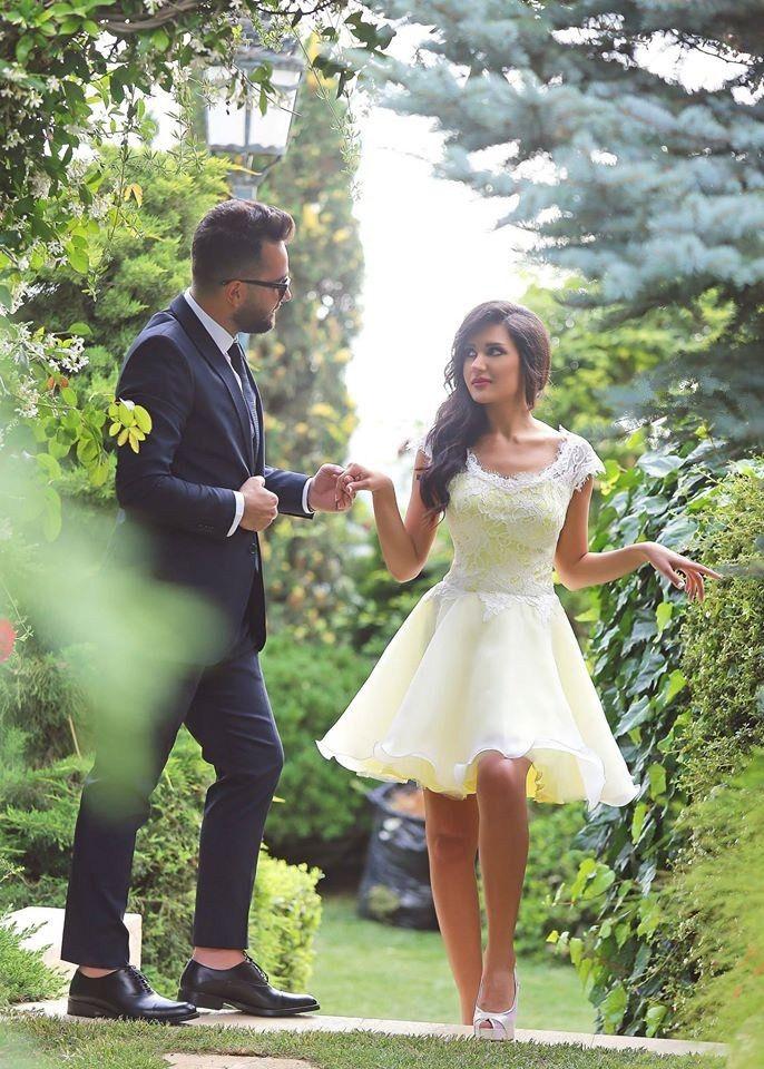 Designer ljusgul spets kort prom klänningar apelsin en linje ruffles tillbaka dragkedja arabiska stil applique spets billiga festklänningar