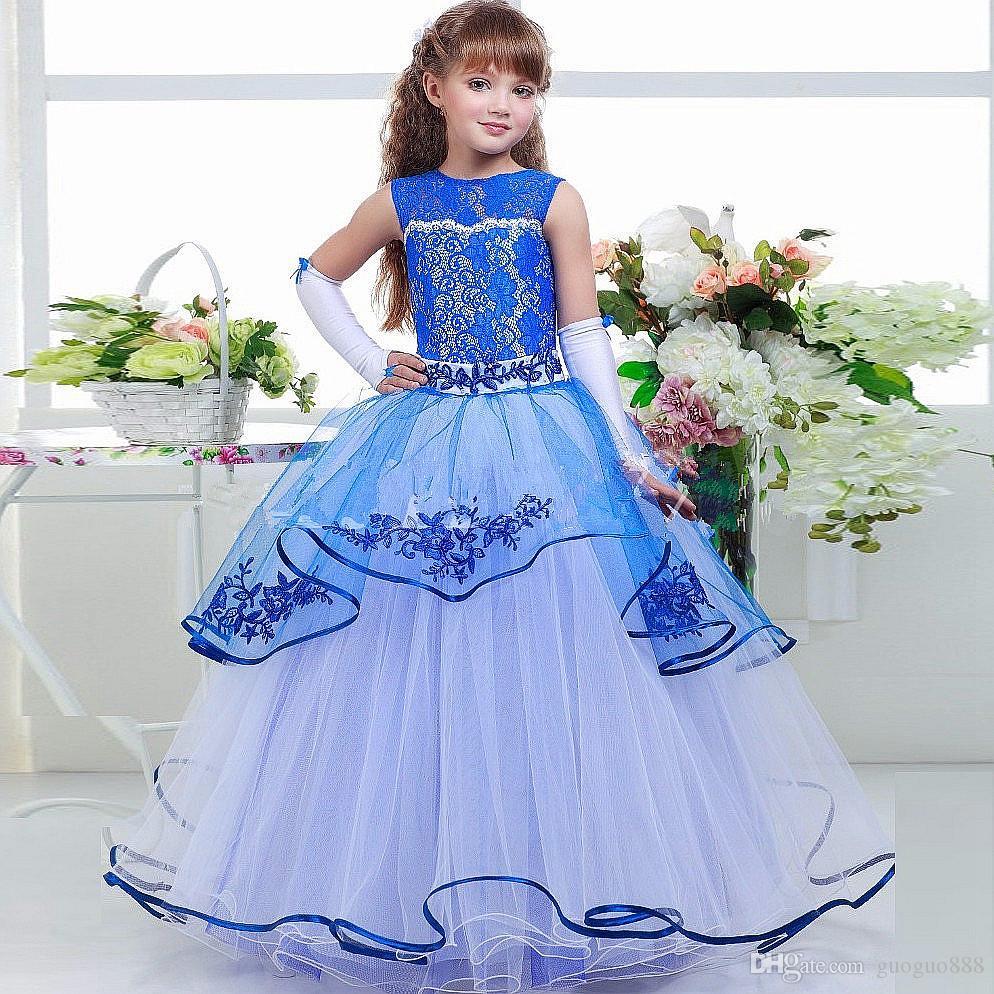 Royal Blue Lace Blumenmädchenkleider für Hochzeiten Stickerei Prinzessin Erste Kommunion Kleider für Mädchen Tiered Bodenlangen