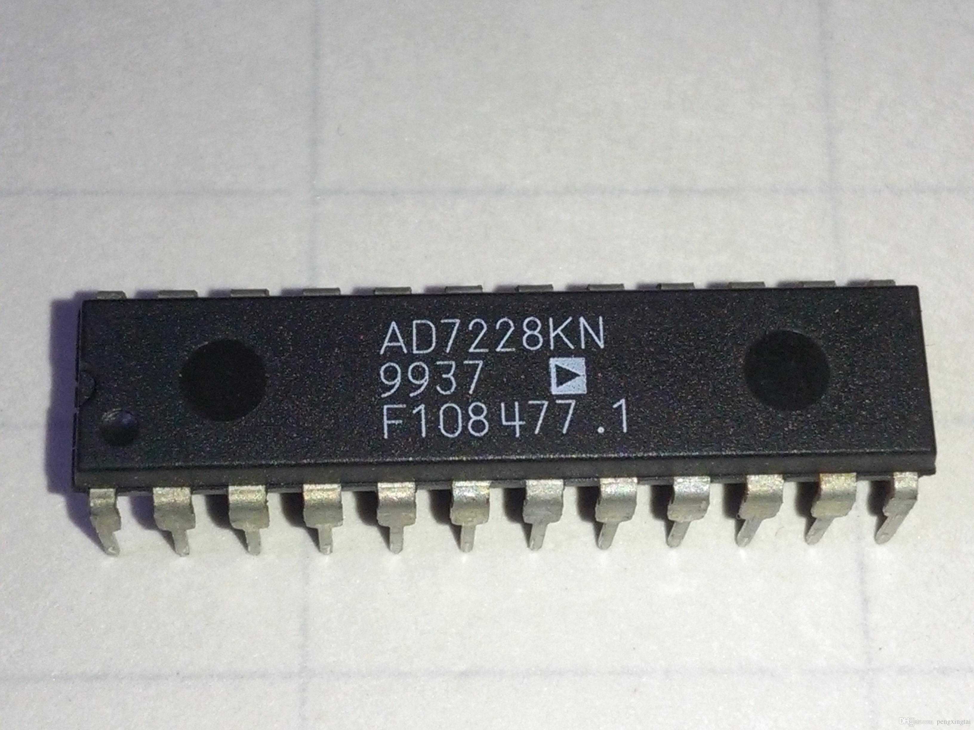 2019 AD7228KN , AD7228   8 Bit Digital To Analog Converter , Dual In Line  24 Pin Dip Plastic Package   PDIP24   Electronic Components IC From