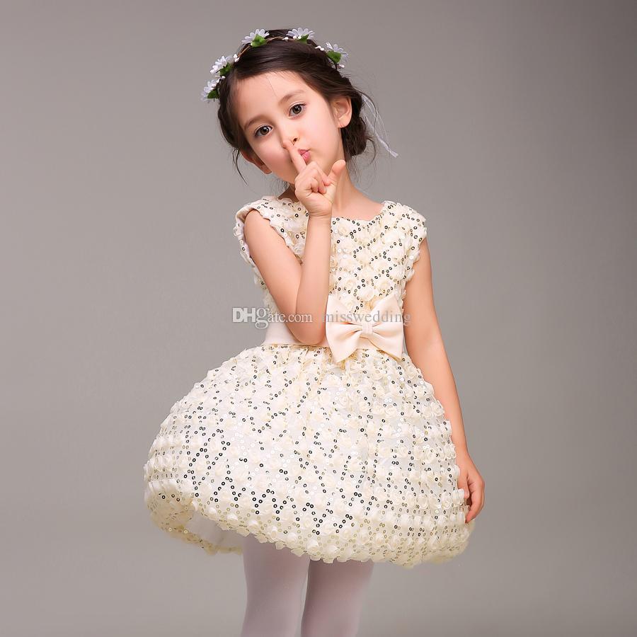 새 컬렉션 짧은 길이 볼 가운 작은 소녀의 드레스 벨트와 생일 파티 전문 디자인 사용자 정의 패션 스타일 만든