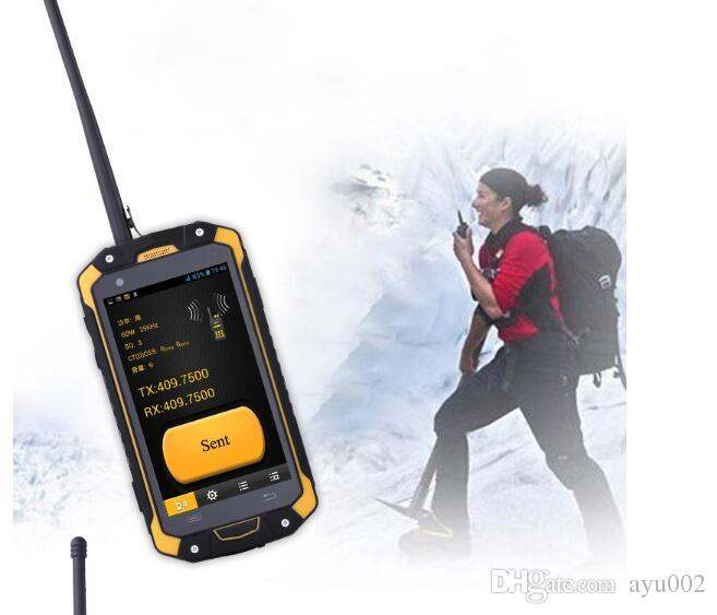 4.5 inch Corning Glass Touch Screen Runbo Q5 2GB RAM/16GB ROM 13.0MP Back Camera VHF/UHF Walkie Talkie IP67 waterproof phone