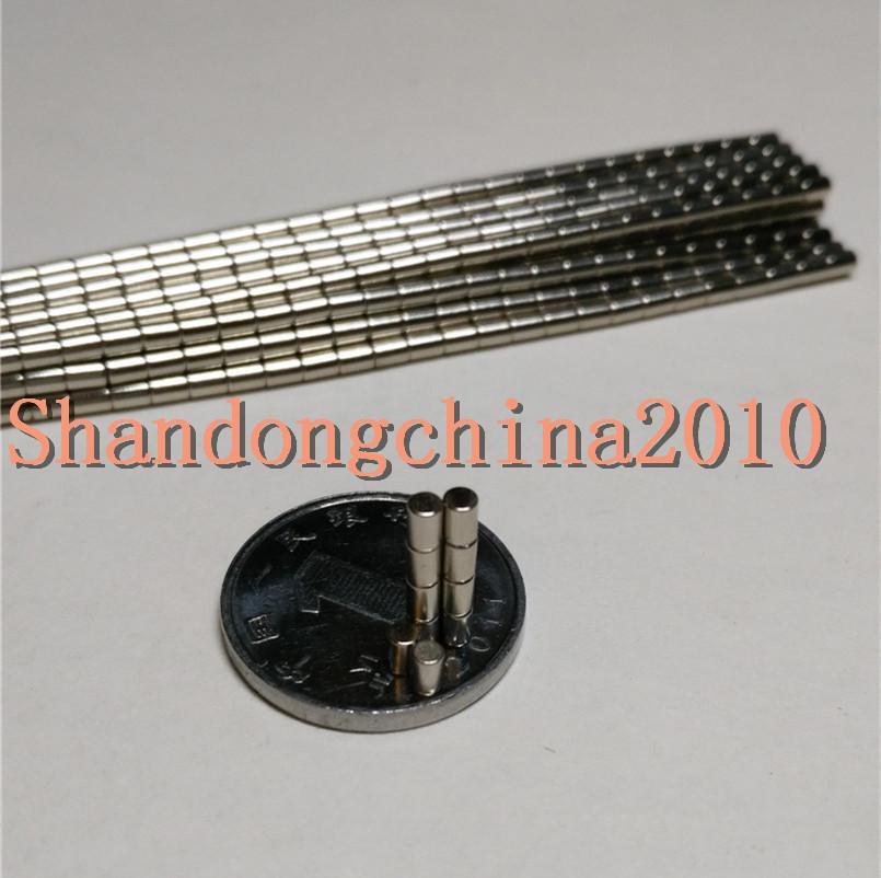 Großhandel - Auf Lager 1000pcs Starke Runde NdFeB-Magneten Dia 2x3mm N35 Seltene Erodym-Magneten Permanent Craft / DIY Freies Verschiffen