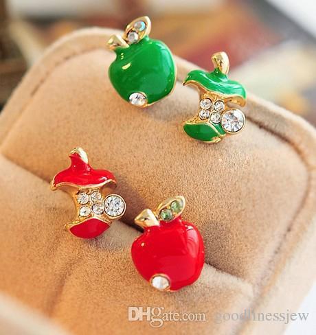 Stud oorbellen groothandel voor vrouwen Europese en Amerikaanse sieraden retro glazuur rode appel asymmetrische oorbellen