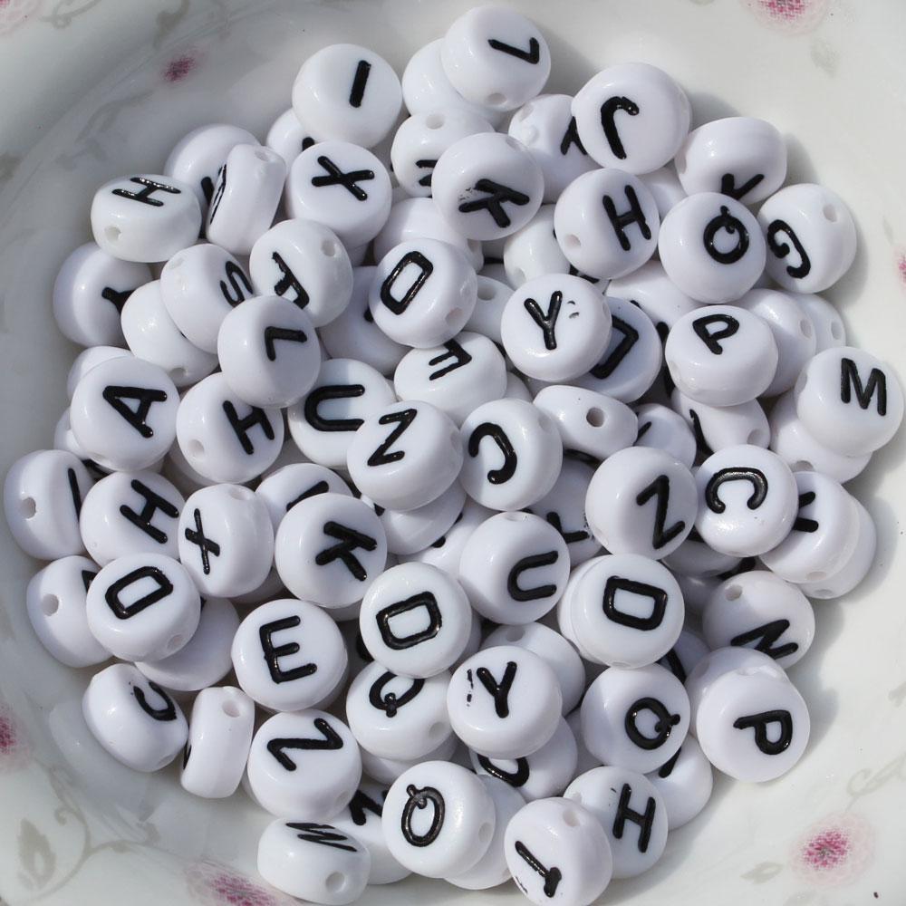 الجملة 500 أجزاء 26 حرف منفصل الأبجدية الخرز (A-Z) مجوهرات ديي سحر جولة شكل مسطح لصنع سوار
