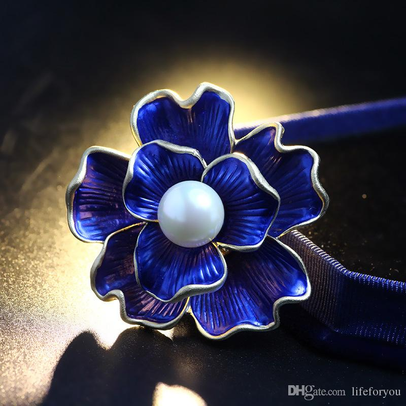 Vintage Flower Pearl Brooch Pin Silver-plated Alloy Broach for bridal wedding costume party dress Pin gift 2016 New Hot Fashion casual