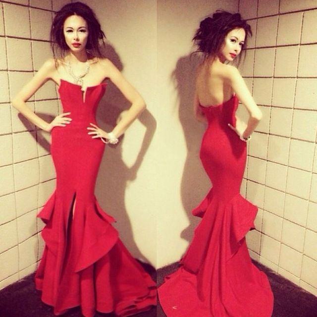 Sexy bola por encargo roja del baile de vestido sin tirantes del vestido de noche atractivo de la sirena del vestido del partido de hendidura lateral vestido de alta calidad