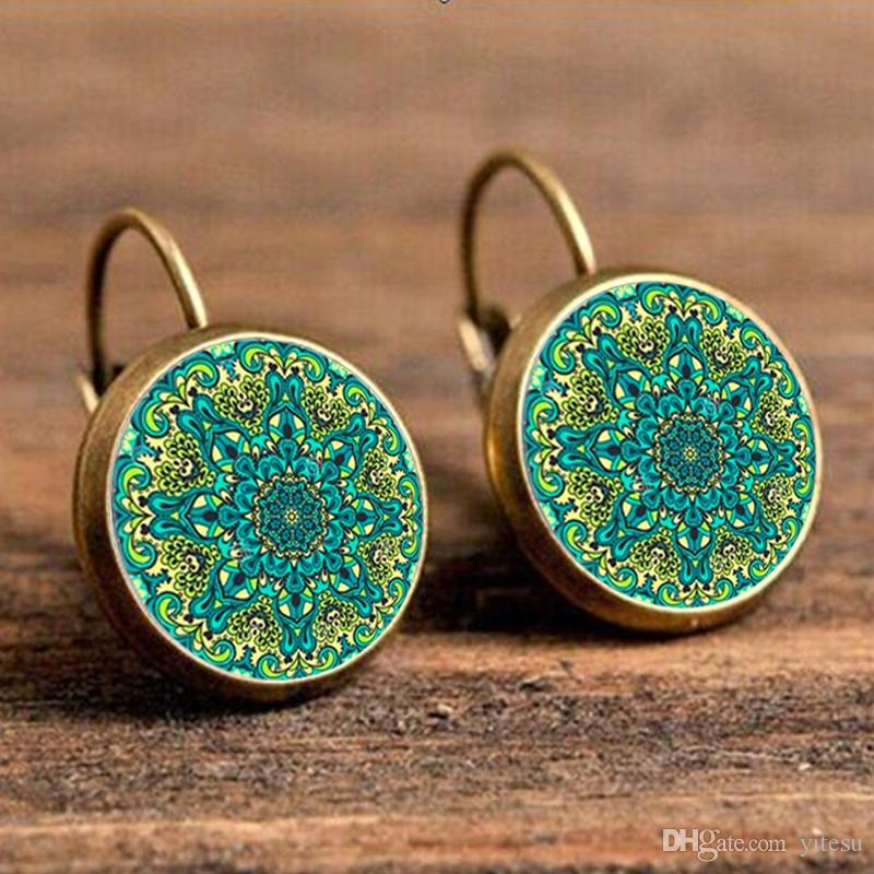 Stud Earring Pair with Cabochon Picture Meditating Yoga Buddhism colored silver different sizes