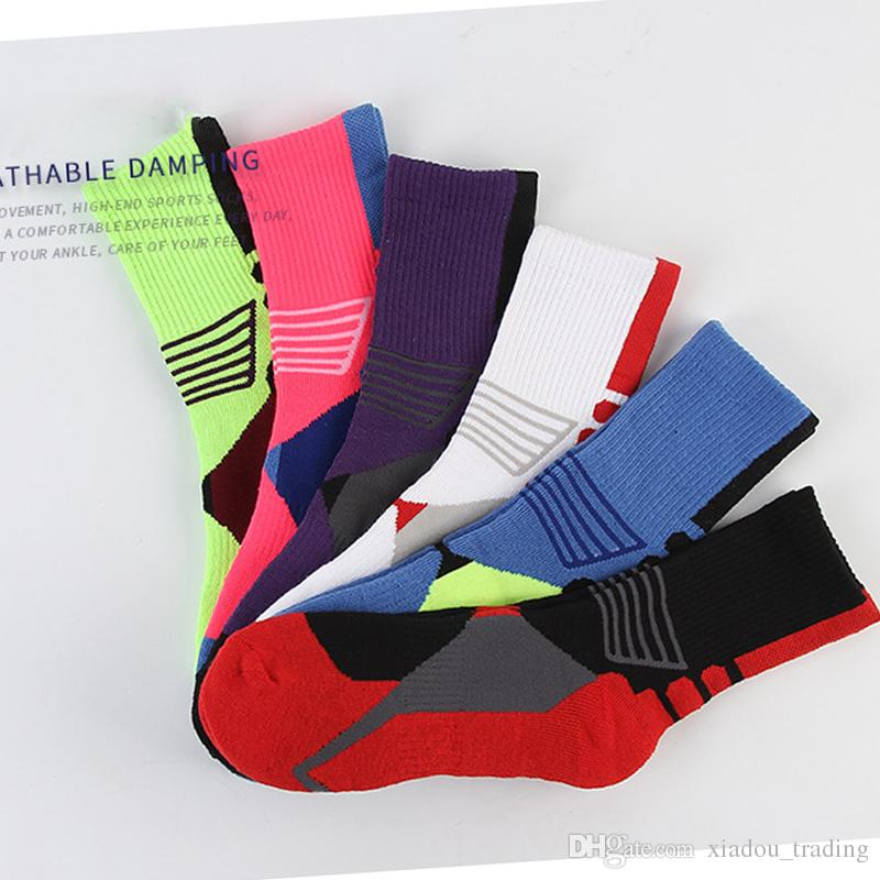 2017 New Style Bike Sock Outdoor Breathable Cycling Sock Badminton Football Basketball Walking Running Tennis Sports Sock 6 color