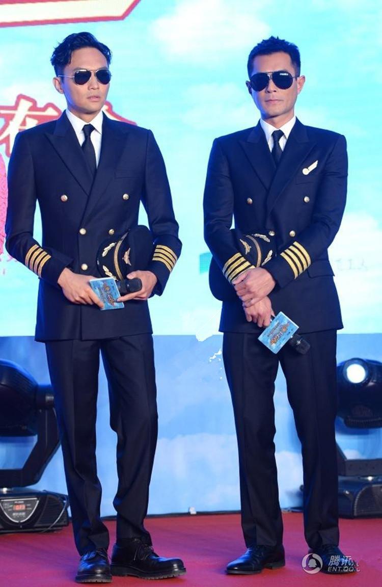 Костюмы оптом - синий военно-морской ролик костюмы двойные сцены темные мужские грудки хозяин нового oijrb