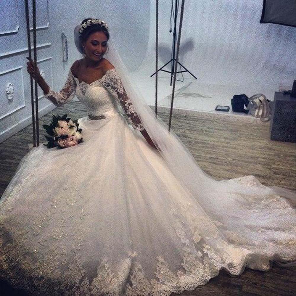 Vintage Plus Size Wedding Dresses 2016 Off Shoulder Long Sleeves Lace Appliques Elegant Bridal Gowns With Beaded Sash