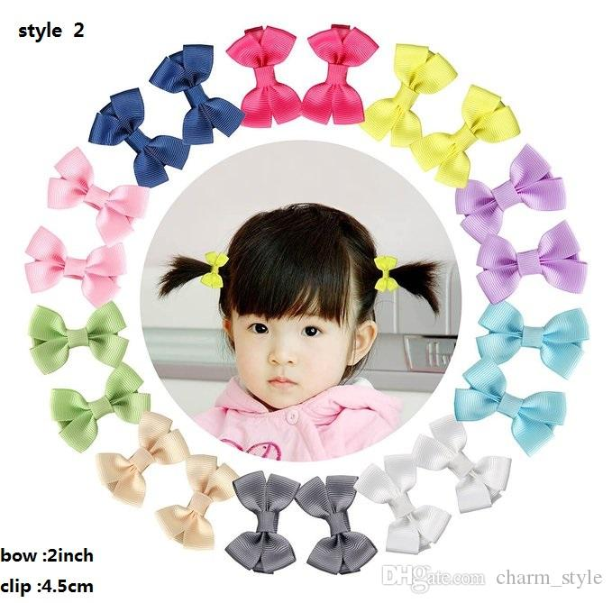4 Estilo! 2 polegadas Grosgrain Ribbon Pequeno Boutique Boutique Cabelo Grampos de jacaré para meninas bebés Crianças Crianças Barrettes Acessórios de Cabelo 60pcs /
