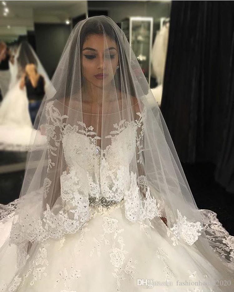 2017 Seksi Lüks Arapça Balo Gelinlik Scoop Boyun Uzun Kollu Dantel Aplikler Boncuklu Kabarık Mahkemesi Tren Artı Boyutu Gelin Törenlerinde