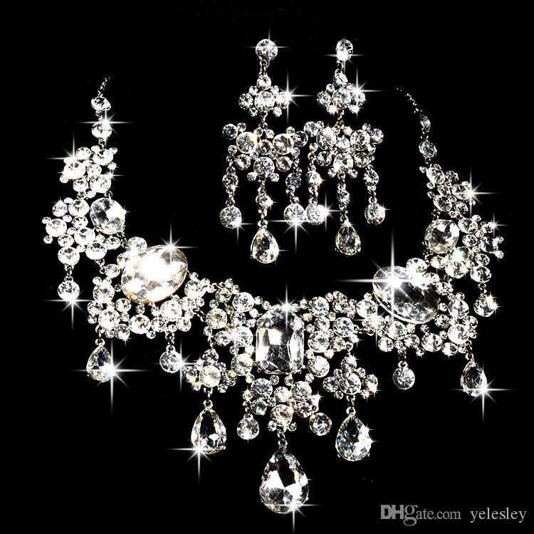 Luxurious Cheap 2 Pcs Rhinestone Tiara Crown Necklace Earring Sets for Wedding Bridal Party Dresses Bridal Jewelry