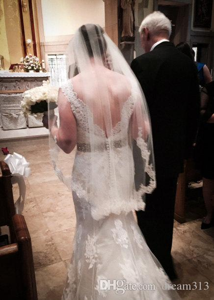 Hot Amazing Quality One Layer Wrist White Ivory Lace Applique veil Bridal Head Pieces For Wedding Dresses