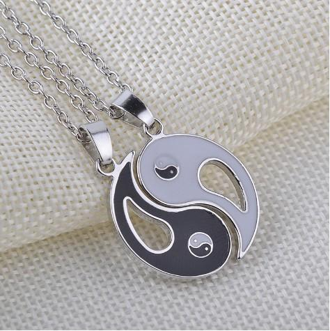 Best Friends Yinyang Necklace Set Silver Plated Rhinestone Embellished Necklaces Gift Idea Unique Jewelry Chokers Necklaces