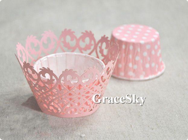 100 teile / los Kostenloser Versand Laser Cut Europäischen Stil Spitze Blumen Papier Cupcake Wrapper Liner für Hochzeit muffin Halter Tisch Dekor.