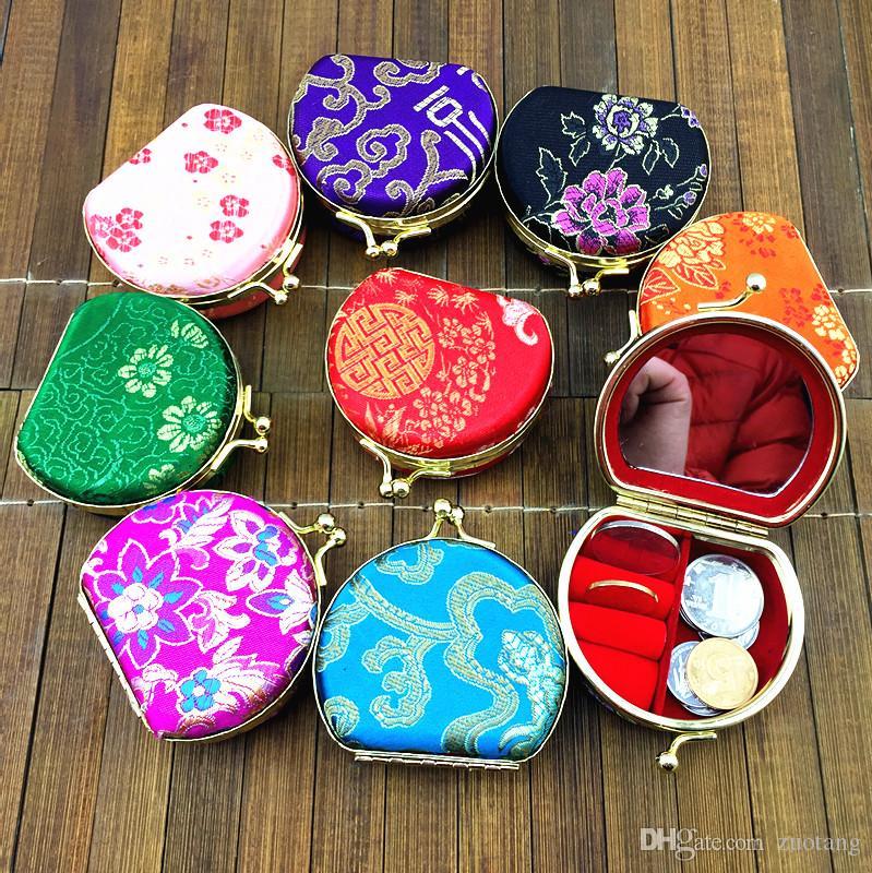 Draagbare Kleine Travel Ketting Ring Sieraden Set Geschenkdoos Display Cases Leuke Zijde Satijn Doek Craft Metalen Gesp Verpakkingsdozen 10pcs / lot