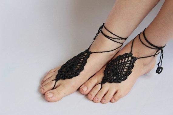 Colores personalizados, sandalias descalzas de ganchillo negras, zapatos nude, joyas para pies, bodas en la playa, tobilleras de ganchillo, danza del vientre, calzado de playa